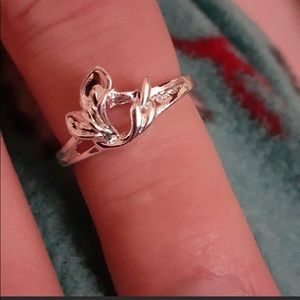 Sterling Silver Cut Out Lily Bloom Ring
